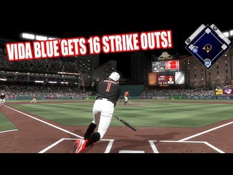 VIDA BLUE GETS 16 STRIKEOUTS! - MLB The Show 17 Diamond Dynasty Gameplay