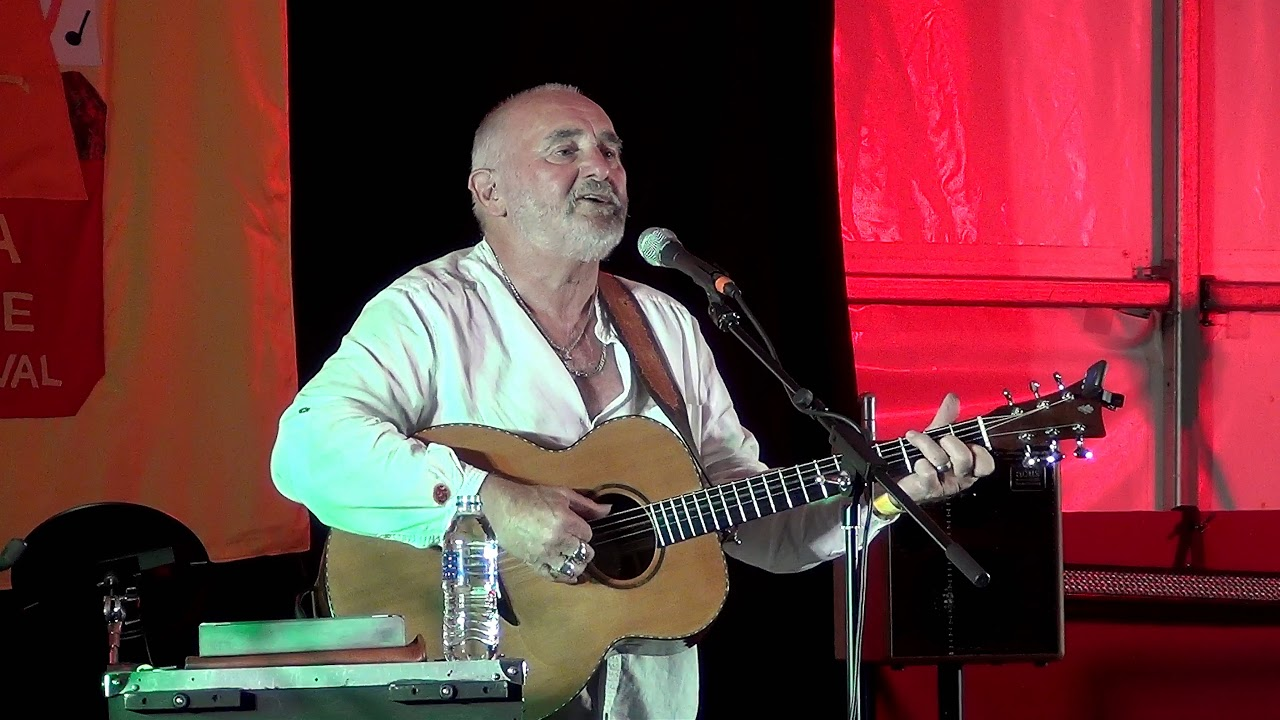 Mike Silver @Moira Furnace Folk Festival 2018 - YouTube