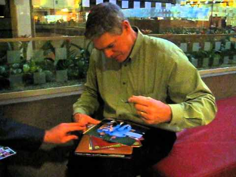 Dale Murphy Signs Autographs for The SI King 11-13-12