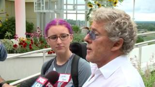 ROGER DALTREY VISITS RAINBOW CHILDREN HOSPITAL