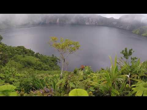 Lake Billy Mitchell / Eruovi in Bougainville | Papua New Guinea