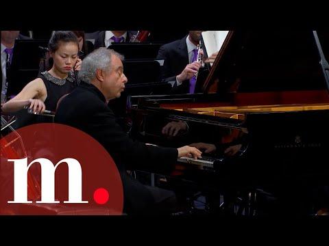 Sir András Schiff with Gábor Takács-Nagy - Beethoven: Piano Concerto No. 4 - Tsinandali Festival