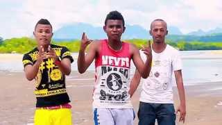 BAR-A-MINA feat AMC JUNIOR & LM'S K - BAZILA - CLIP GASY 2015