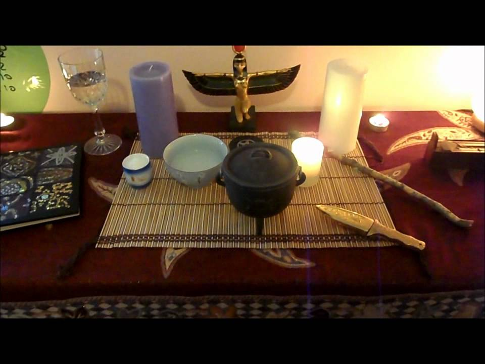wicca how to set up an altar
