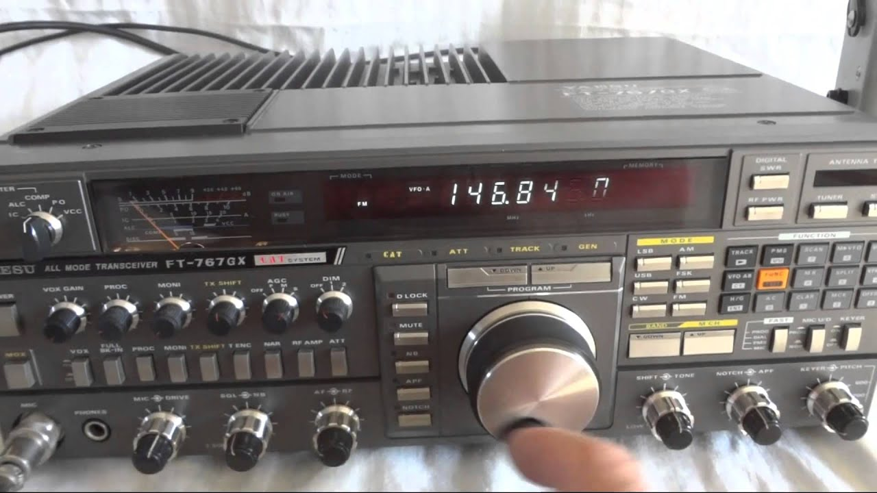 Yaesu FT-767GX all mode HF SSB HAM radio - YouTube