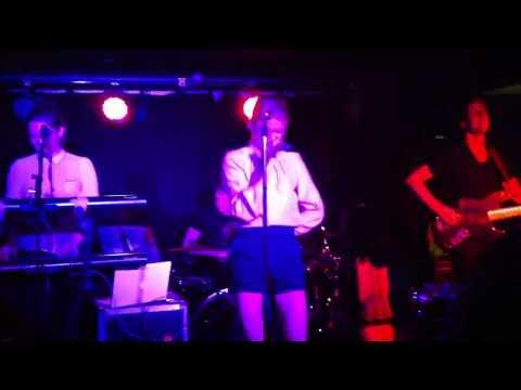 Florrie - Speed of Light (Live @ Ramdall, Madrid 17/11/2011)