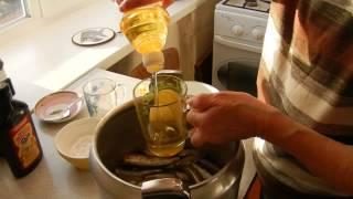 Консервы в масле из рыбьей мелочи шпроты видео рецепты от бабки (Борисовны)
