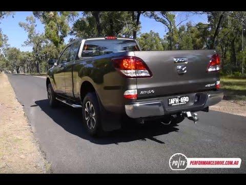 2016 Mazda BT-50 3 2 0-100km/h & engine sound