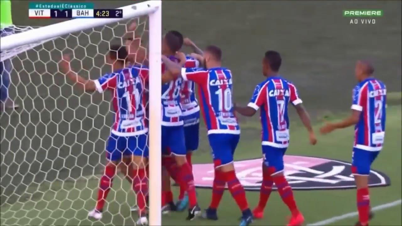 Briga entre jogadores do Vitória e do Bahia  c886b87343acc