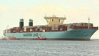 Maersk Line: Auch für Container-Schiffe kommt der Wind von vorne - economy
