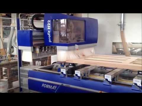 Format-4 Haustürbearbeitung auf einer CNC Maschine