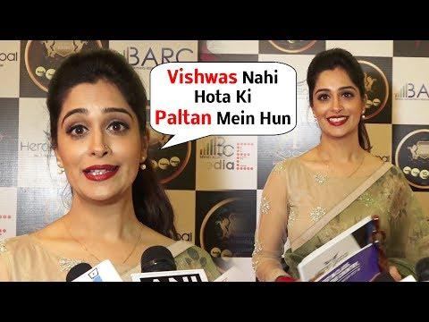 Paltan Movie Heroine Dipika Kakar At Herald Global Host Women Achievers Awards 2018