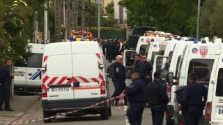 Teenage boy takes four women hostage in southern France