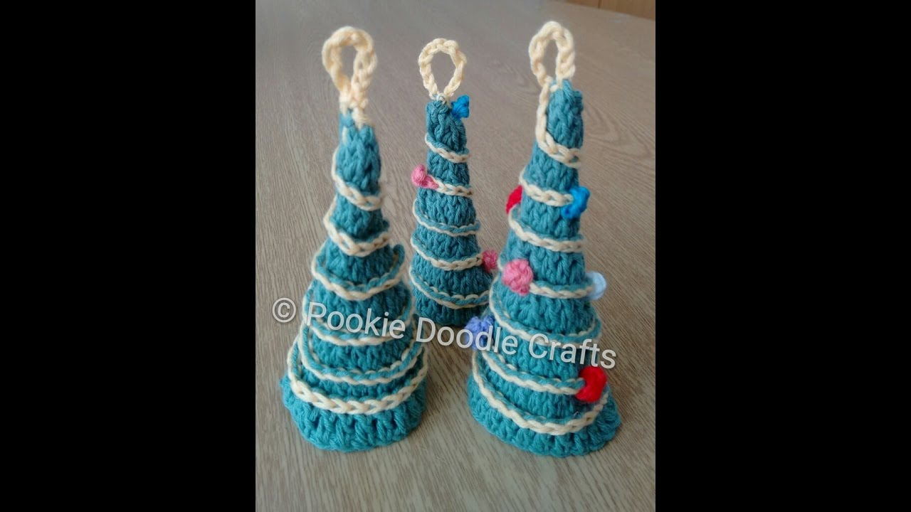 Crochet mini christmas trees amigurumi christmas tree for Miniature tree decorated with sea shells
