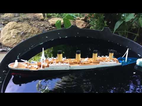 Titanic Submersible Model Sinking Port side List (Starboard view)