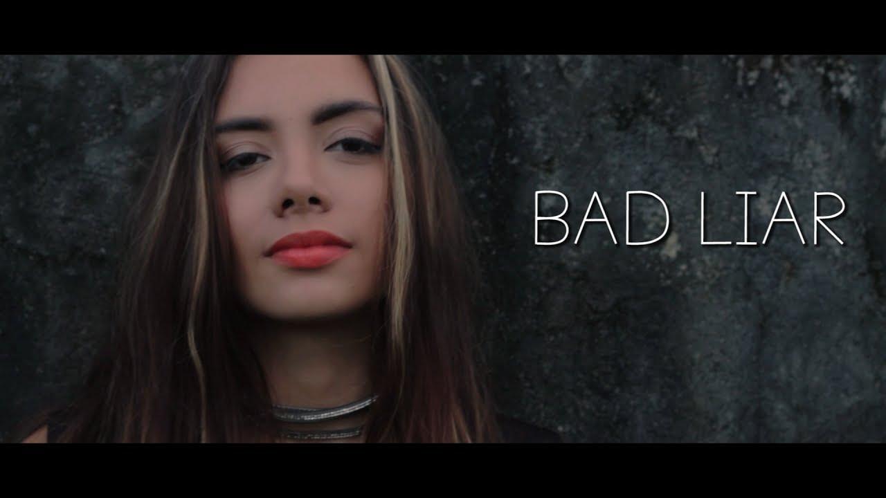 Bad Liar Tänzerin