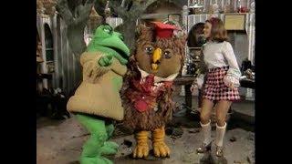 New Zoo Revue Videos, Latest New Zoo Revue Video Clips - FamousFix