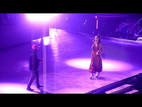 The Way / Dang - Ariana Grande feat. Mac Miller Concert Paris 2017 HD