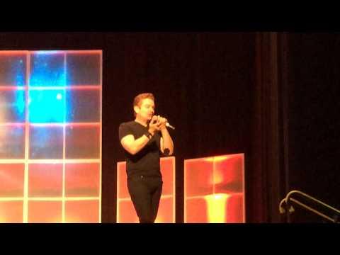James Marsters -FAKE KISSING- Salt Lake City Comic Con 2014