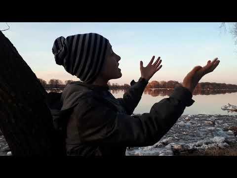 Изображение предпросмотра прочтения – КириллГолубев читает произведение «Весна (Зима недаром злится)» Ф.И.Тютчева