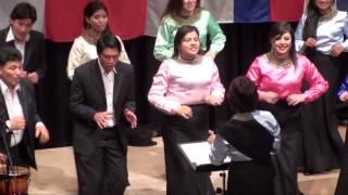 """""""Coro Pinchincha"""" aus Ecuador mit dem Lied """"Oh Que Sera"""" beim 10.Internationalen Chorwettbewerb 2014 in Elsenfeld, Landkreis Miltenberg  Leitung: Cecilia Sanchez Arias"""