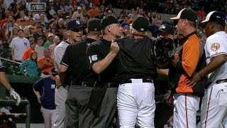Girardi has a heated exchange with Showalter