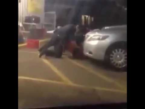 GRAPHIC VIDEO - Louisiana Cop Shoots & Murders Alton Sterling Outside Convenience Store
