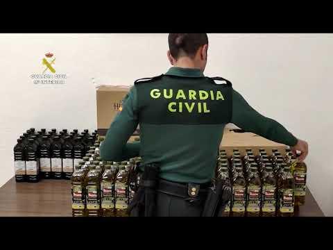 La Guardia Civil recupera el aceite de oliva robado a Cáritas en Aguilar de la Frontera