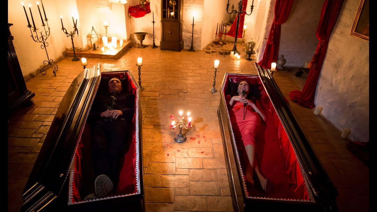 Night At Draculas Castle Youtube - Live-bran-castle-pictures