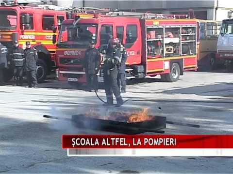 ŞCOALA ALTFEL, LA POMPIERI