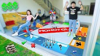 Gambar cover Jugamos MONOPOLY GIGANTE Con DINERO REAL - (el primero en PERDER su DINERO PIERDE)