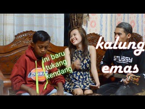 Ngakak Tapi Serius🤣 Kalung Emas - Didi Kempot ( Cover Yenis May Ft. Vicky Febri & Fendyel0 )
