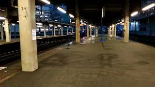 721系[快速エアポート]&789系1000番台[特急カムイ]札幌駅同時に到着
