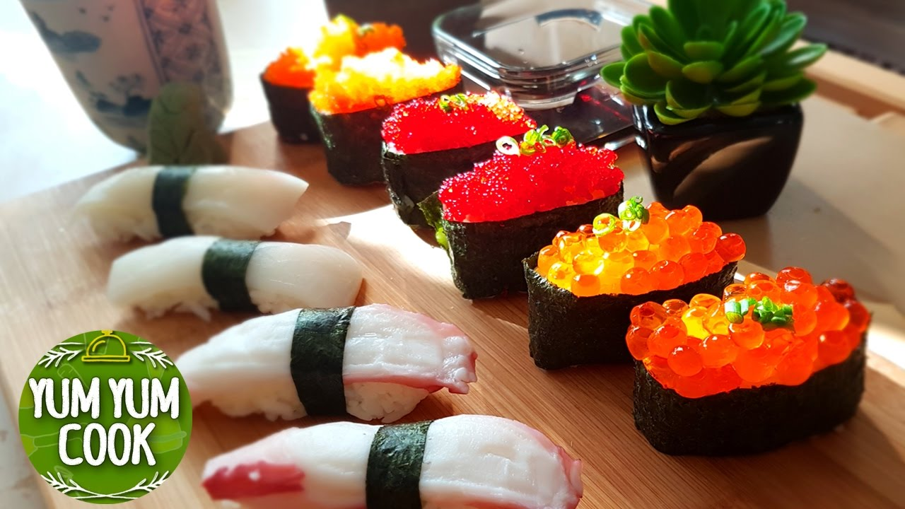 How to make nigiri sushi roll salmon roe flying fish for Fish eggs on sushi