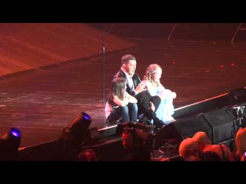 Michael Buble - You've Got A Friend In Me - Birmingham NIA - 13th March 2014