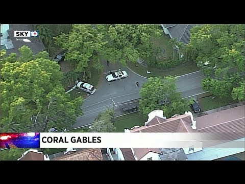 Police Officers Crash In Coral Gables
