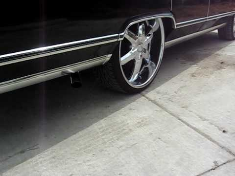 79 Lincoln Continental Town Car Crushin On 24s Youtube