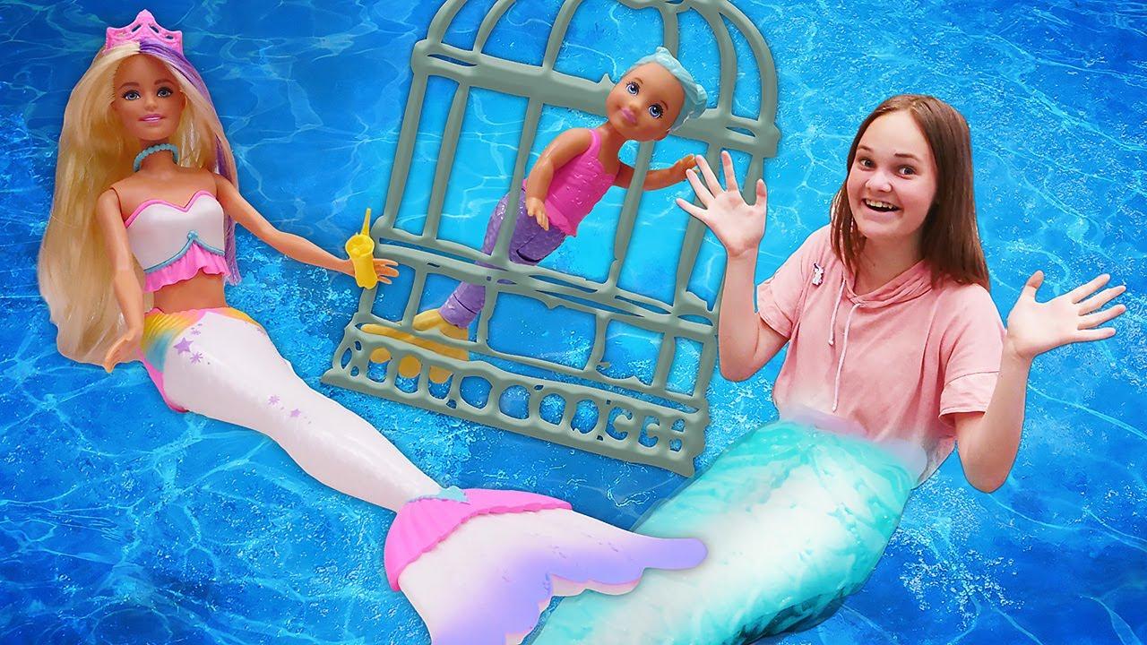 Видео с куклой БАРБИ – Все стали РУСАЛКАМИ! Приключения в Подводном Царстве! – Игры для девочек.