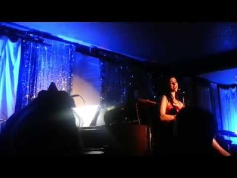 Milena Govich sings on NYE