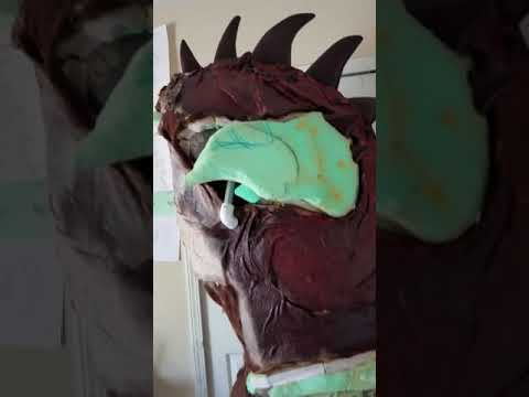 Deathclaw cosplay