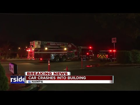 Car crashes into Nampa home, crews working on gas leak - YouTube
