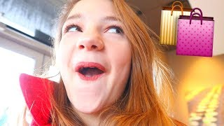 Christmas Shopping Date!! Vlogmas Day 10 WHATT!?