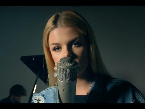 Hello - Adele (Cover By: Davina Michelle)