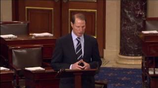 Wyden Pays Tribute to Senator Hatfield