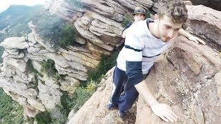 young men slipped from a cliff at an altitude of 1000m ...