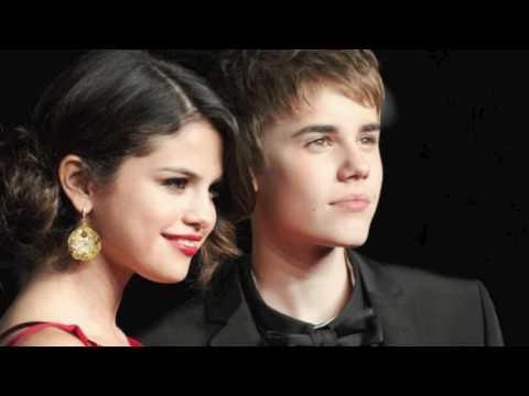 Justin Bieber Mistletoe Official VIDEO [NEW SONG 2011] Under the Mistletoe Album Download Link