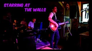Fodor Krisztián - Staring at the walls (Live at Crazy Cafe)