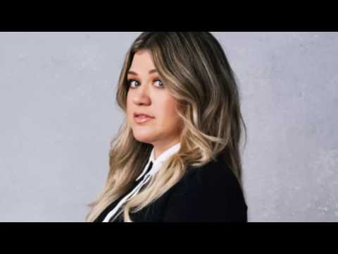 """""""Soap and Water"""" // NEW Kelly Clarkson demo (possible country album???)"""