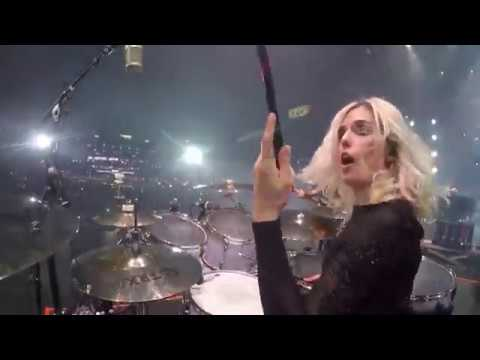 "Shania Twain ""That Don't Impress Me Much"" - Elijah Wood Drum Cam - Barretos, Brazil 2018"