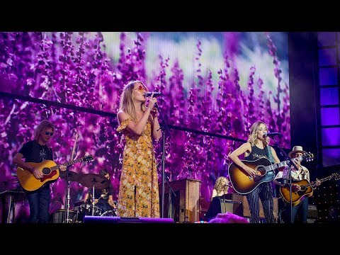 Sheryl Crow with Margo Price - Strong Enough (Live at Farm Aid 2017)